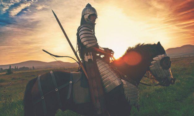 NEU: Für Kreuz und Krone